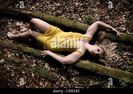 Tote Junge Frau
