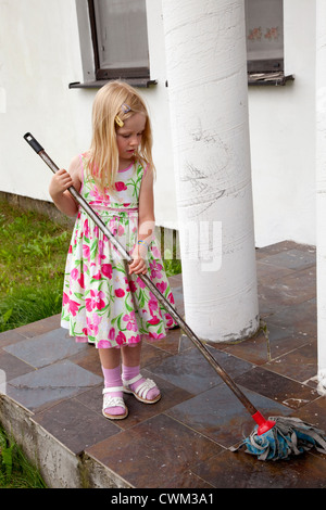 Polnische Mädchen in Danzig Polen Stockfoto, Bild: 9917276 ...