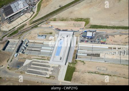 Luftaufnahme des Bahnhof Stratford International DLR im Bau im Herzen des Olympiaparks 2012 London. - Stockfoto