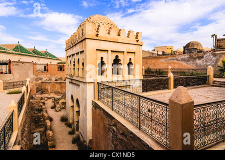 Erbaut im Jahre 1117 ist der Almoraviden Koubba el Barudiyin das einzige verbleibende Beispiel der Almoraviden Architektur - Stockfoto