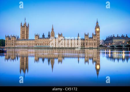 Die Häuser des Parlaments HDR - Stockfoto