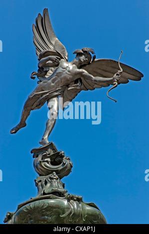 Geflügelte Statue des Eros, die erste Statue in Aluminium, Piccadilly Circus, London, England gegossen und Shaftesbury - Stockfoto