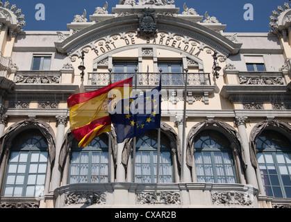Alten Barcelona Port Authority-Haus (Port de Barcelona) an der Basis der Rambla del Mar, Barcelona, Katalonien, - Stockfoto