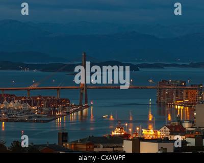 Skyline von Brücke in Stavanger, Norwegen. - Stockfoto