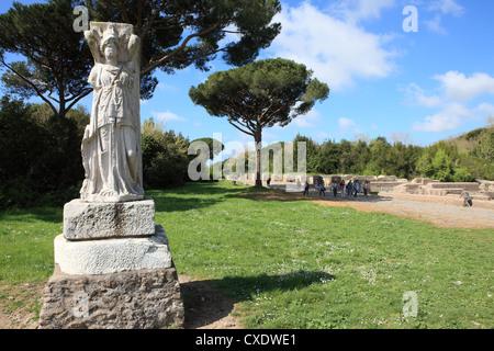 Statue, Ostia Antica, Rom, Latium, Italien, Europa - Stockfoto