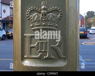 Royal Mail-Briefkasten bemalt Gold zu Ehren Alistair Brownlee, Gewinner der Goldmedaille in London 2012 Olympics - Stockfoto