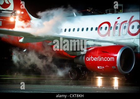 Airberlin Flugzeuge, Airbus, wird de-Eistee, Flughafen Tegel, Berlin - Stockfoto