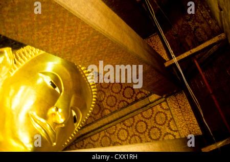 Alten Bangkok Juli-2000 (digital Folie Konvertierung) Big Buddha im Wat Phoo Tempel in Bangkok, Thailand - Stockfoto