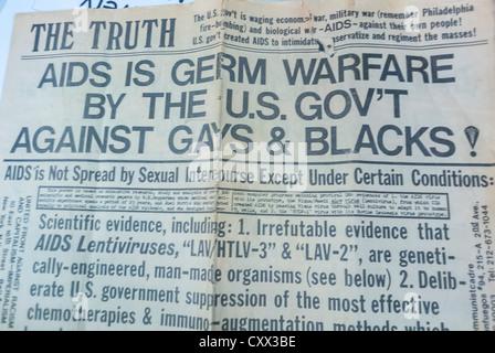 """New York, NY, USA, kommunistische Partei-Schlagzeilen behauptet """"AIDS Bakterienkrieg durch die US-Regierung gegen - Stockfoto"""