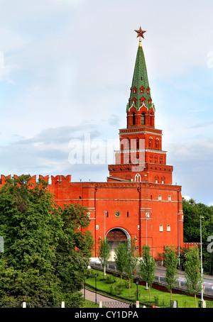 Borovitskaya Turm des Moskauer Kreml, Russland - Stockfoto