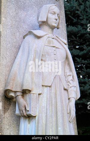 Massachusetts Plymouth Plymouth Bay Pilgrim Memorial State Park 1620 Landung historisches Ereignis statue Skulptur - Stockfoto