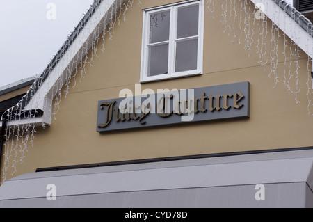 juicy Couture Shop in Maasmechelen Village, Großbritannien - Stockfoto