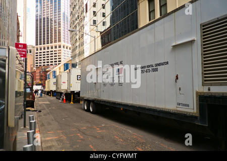 3. November 2012, New York, NY, USA.  Gemietet Generatoren Linie Pearl Street in lower Manhattan fünf Tage nach - Stockfoto