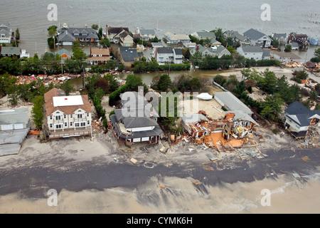 Luftaufnahmen der Schäden durch Hurrikan Sandy an der New Jersey Küste genommen während einer Suche und Rettung - Stockfoto