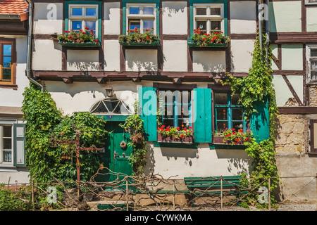 Haus in der Gasse am Schlossberg, Quedlinburg, Sachsen-Anhalt, Deutschland, Europa - Stockfoto