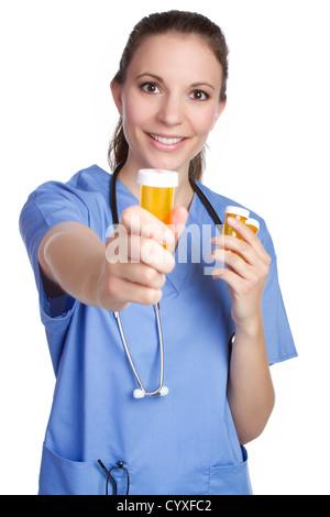 Krankenschwester mit Medizin Pille Flasche - Stockfoto