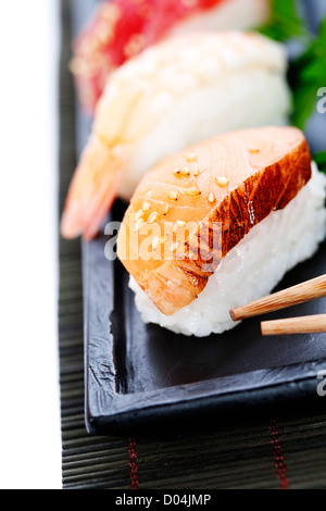 sushi mit sause stockfoto bild 89496386 alamy. Black Bedroom Furniture Sets. Home Design Ideas