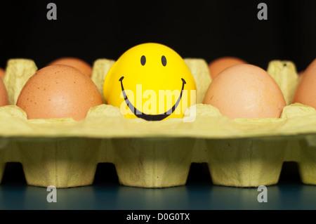 Eiern und einen smiley - Stockfoto