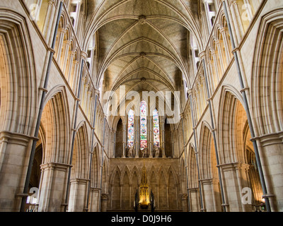 Das Innere der Southwark Cathedral in London. - Stockfoto