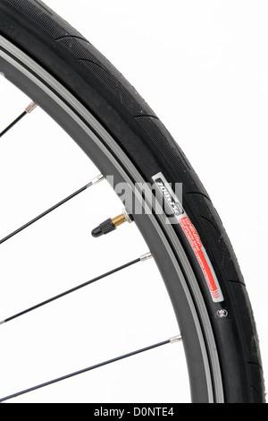 Fahrrad Rad Reifen Reifen Presta Ventil Speichen Nippel Felge Racing Fahrrad aero Engstelle - Stockfoto