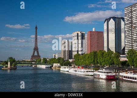 Frankreich, Europa, Reisen, Paris, Stadt, Eiffelturm, Statue, Seine, Fluss, Architektur, Kunst, monumental, Gebäude, - Stockfoto