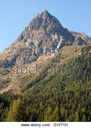 Aiguille de Loriaz in der Nähe von Vallorcine Tal von Chamonix - Stockfoto