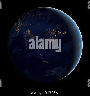 Zusammengesetztes Bild von Asien und Australien in der Nacht von Suomi NPP Satelliten umkreisen die Erde von April - Stockfoto