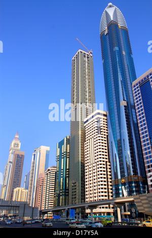 Dubai VAE Vereinigte Arabische Emirate v.a.e. Middle East Trade Zentrum Sheikh Zayed Road Rose Rotana Oase Turm - Stockfoto