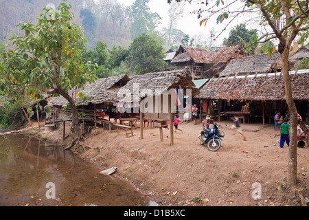 Kayan Minderheit Gruppe Dorf, Huai Seau Tao, Mae Hong Son Provinz, Thailand - Stockfoto
