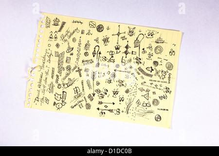 Kritzeleien und Notizen auf Papier Steno-pad - Stockfoto