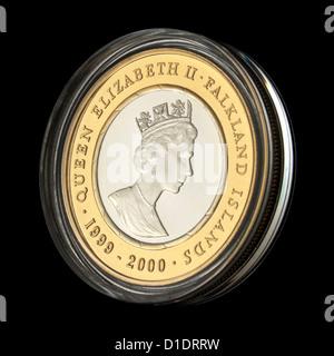 Vorderseite der British Royal Mint (Millennium Series) £2 Falkland Inseln Gedenk.925 Sterling Silber 24 Karat Gold - Stockfoto