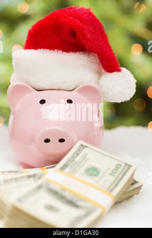 Sparschwein mit Santa Hut - Weihnachten Einsparungen Konzept ...