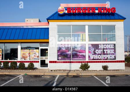 Ein Burger King Schnellrestaurant. - Stockfoto