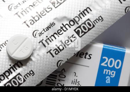 Trimethoprim Antibiotikum Tabletten 200mg von Actavis gemacht - Stockfoto