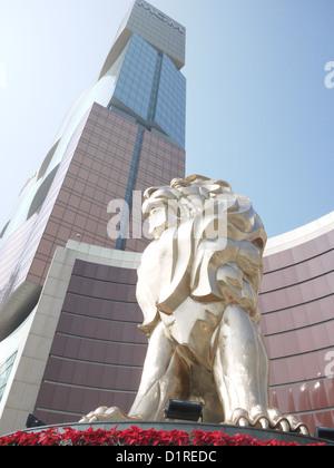 MGM Macau Löwe Skulptur - Stockfoto