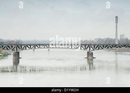 Fusse Brücke über den Fluss virtueller, Warschau, Polen. - Stockfoto