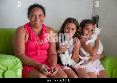 Brasilianische Familienporträt - Stockfoto