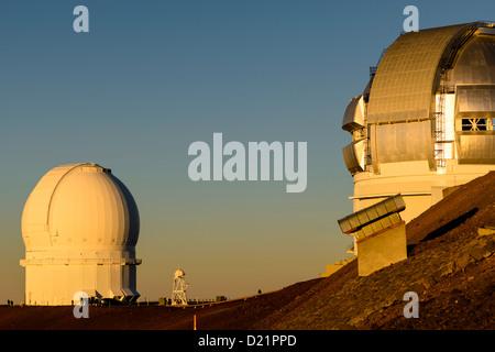 Gemini und äh 2,2 Teleskope auf Vulkan Mauna Kea, Big Island, Hawaii, USA - Stockfoto