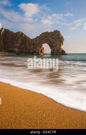 Durdle Door bei Sonnenuntergang Jurassic Coast Dorset UK - Stockfoto