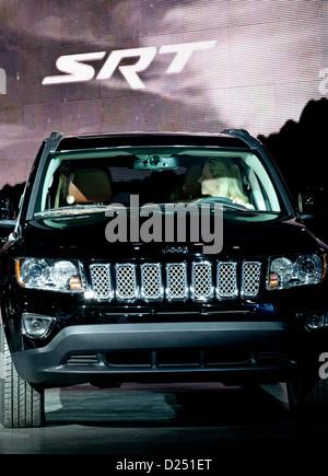 2013 North American International Auto Show in Detroit, Michigan. Jeep Chrysler anzuzeigen. - Stockfoto