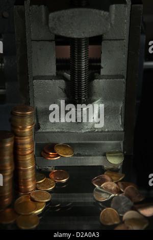 Haufen Geld Münzen Und Schlüssel Konzept Versicherung Kredit