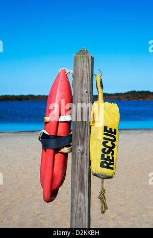 Rettung Schwimmer an einem Strand, Massachusetts, USA - Stockfoto