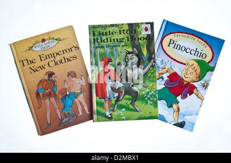 Drei traditionelle Märchen Geschichten von Ladybird Books veröffentlicht; Des Kaisers neue Kleider, Little Red Riding - Stockfoto