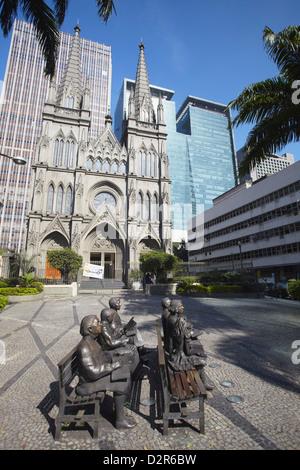 Statuen außerhalb der presbyterianischen Kathedrale, Centro, Rio De Janeiro, Brasilien, Südamerika - Stockfoto