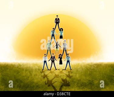 Anschauliches Bild Geschäftsleute die Pyramide für Teamarbeit - Stockfoto