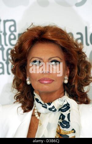 (Dpa) - italienische Filmstar Sophia Loren, während die 59. Filmfestspiele in Venedig, 30. August 2002 abgebildet. - Stockfoto