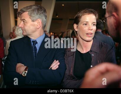 Deutscher Politiker Joschka Fischer Und Seine Frau Minu Barati