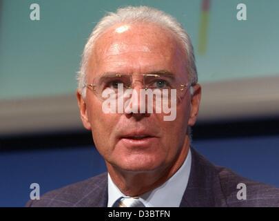 (Dpa) - Fußball-Legende Franz Beckenbauer in Berlin, 11. September 2003 abgebildet. Beckenbauer, den Spitznamen - Stockfoto