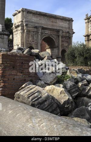 Ruinen des antiken Forum Romanum in Rom Italien - Stockfoto