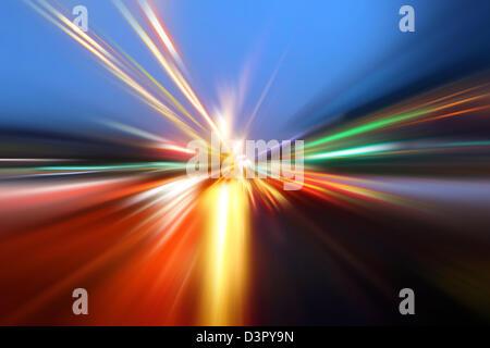 Beschleunigung Geschwindigkeit Bewegung Nacht unterwegs - Stockfoto
